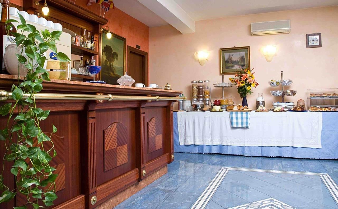 Budget Hotel Rome center | Hotel Rimini Official Site |Termini